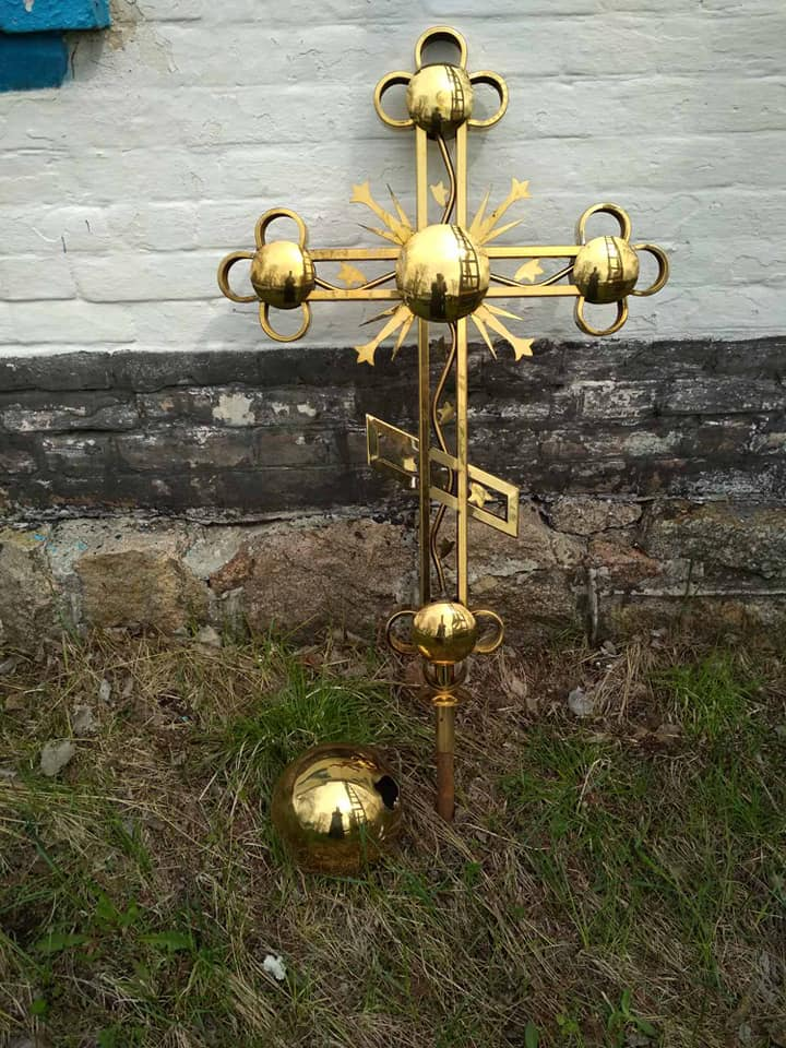 Встановлено купол з хрестом у Свято-Покровському храмі с. Іванівка